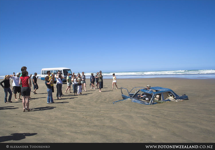 Car Wreck Tourist Attraction 90 Mile Beach New Zealand