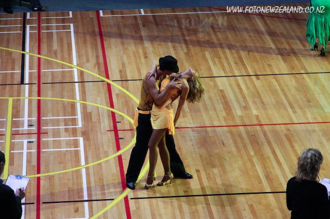 Ceroc steamy moves by Jade Wood and Rachel Griffiths