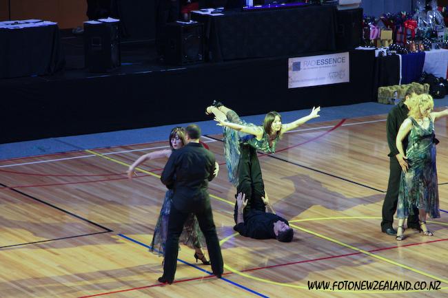 Ceroc flying supergirl